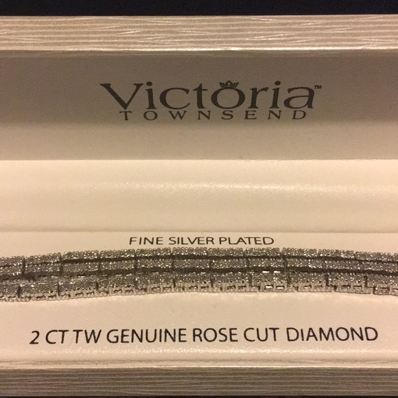Victoria Townsend Jewelry - Victoria Townsend Fine Silver Plated Bracelet